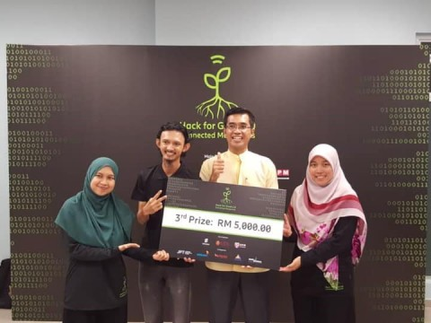 Congratulations to the IIUM Connected Mangroves Challenge 2.0 Hackathon team!!!