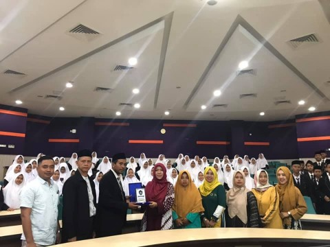 A visit from 99 guests of Pondok Pesantren Bina Insan Mulia Cirebon-Indonesia