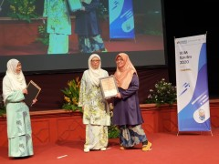 "I DO CARE flagship wins  'THE MOST IMPACTFUL FLAGSHIP PROJECT"" during IIUM Takrim Day 2020"