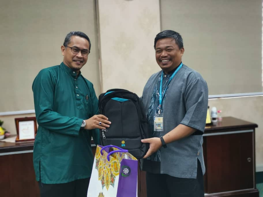 Special Session with the Director IIUM Sustainability for Humanity Centre