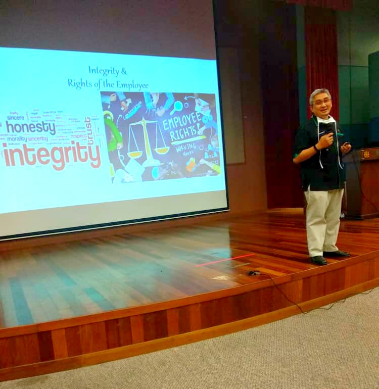 TALK ON INTEGRITY AND RIGHTS OF THE EMPLOYEE